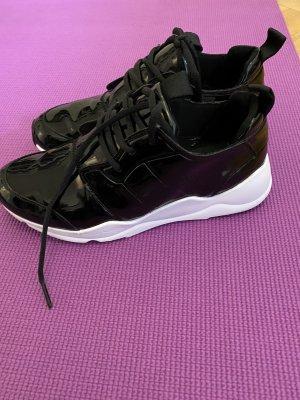 Juicy Couture sneaker