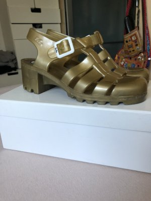 Beach Sandals gold-colored