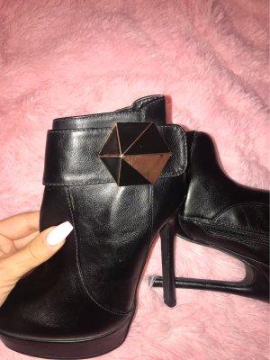 Jumex Platform Booties black imitation leather