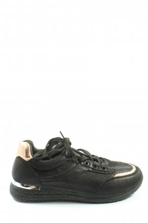 Jumex Lace-Up Sneaker black athletic style