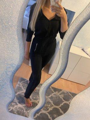 Jumpsuit in schwarz