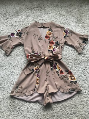 Jumpsuit play suit wie Asos volants beige rosa taupe s 36 wie neu nlw Kleid