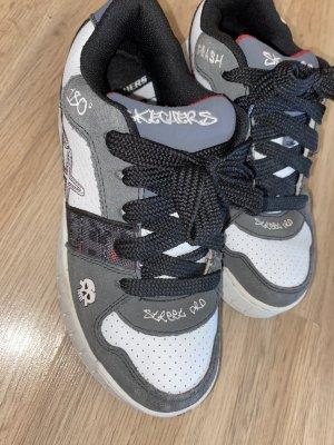 Jungs Schuhe