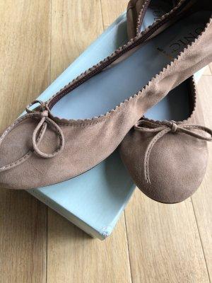 Junic Ballerina taupe beige UVP 99€ Größe 42 NEU ungetragen fallen kleiner aus (41-41,5)