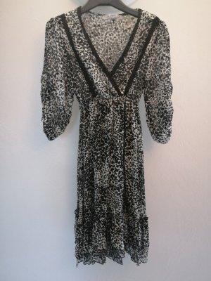 Jus d'Orange Sukienka z odcięciem pod biustem biały-czarny