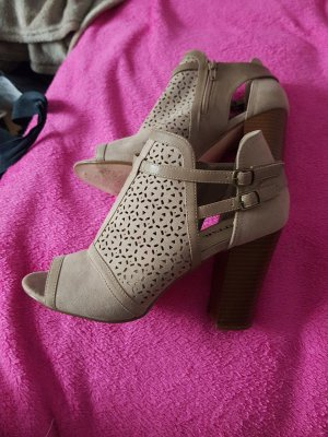 Just Fab Stivaletto cut out beige
