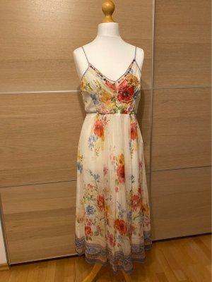 K Derjy Kleid