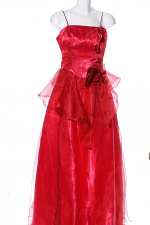 Vestido de baile rojo estilo extravagante
