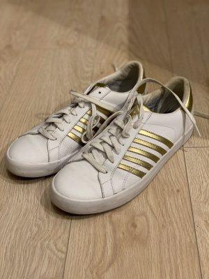 K-Swiss Sneaker weiß mit goldenen Streifen Gr. 40