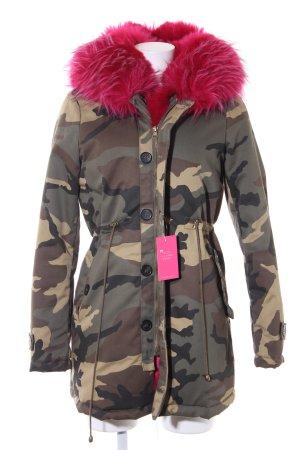 K.Zell Winterjacke Camouflagemuster Street-Fashion-Look