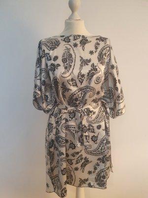 Caftan white-black silk