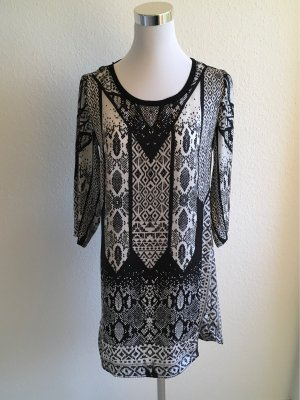 MNG Basics Caftan black-white