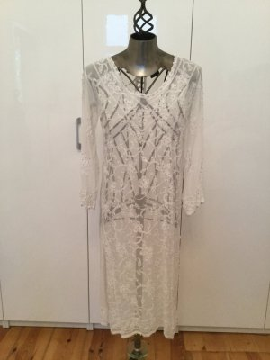 Caftan white viscose