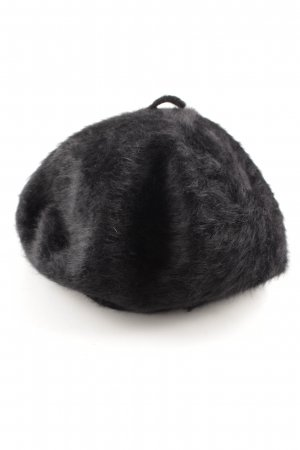 Kangol Beret black casual look