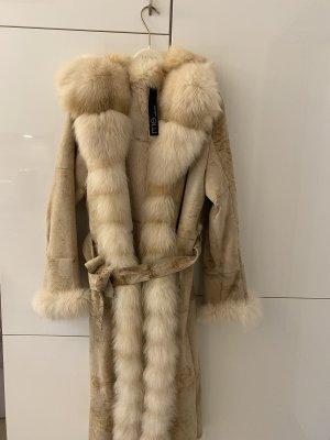 Manteau de fourrure blanc cassé-crème fourrure