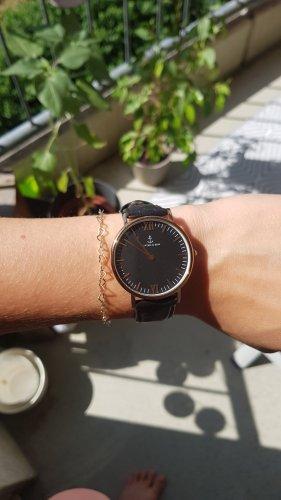 Kapten & Son Uhr (Damen) mit schwarzem Lederband