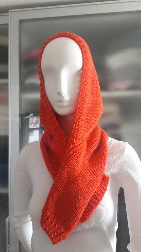 Kapuzen-Schal hand knitted