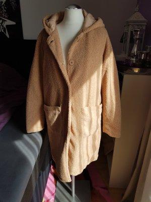 Cappotto con cappuccio color cammello