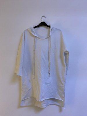 Sweter z kapturem biały