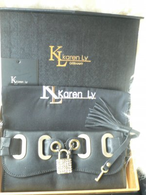 Karen LY kleine Clutsch Geldbeutel neu mit Etikett und  staubbeutel