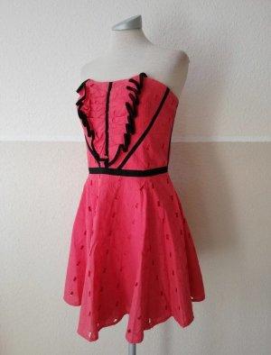 Karen Millen Kleid koralle Lochspitze pink schwarz Spitze Gr. UK 12 EUR 42 D 40 M L Bandeaukleid