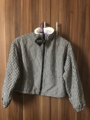 Zaful Fur Jacket black-white