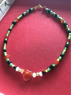 Karneol  , Onyx , Aventurin , grüne Kristall  Perlen  & vergoldete  Hämatitwürfel  Kette