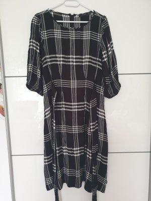 Karo Kleid von Hallhuber 42