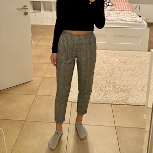 Pull & Bear Pantalon fuselé gris clair-noir