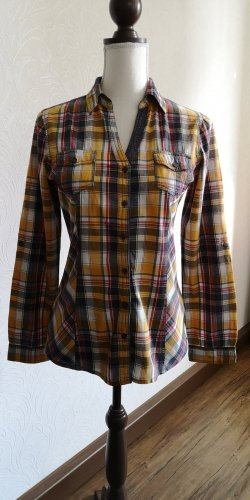 karrierte Bluse mit Cord-Flicken