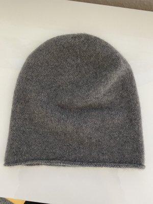 Bonnet gris foncé-gris