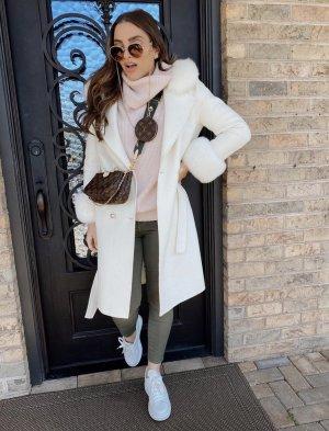 Manteau de fourrure blanc cachemire
