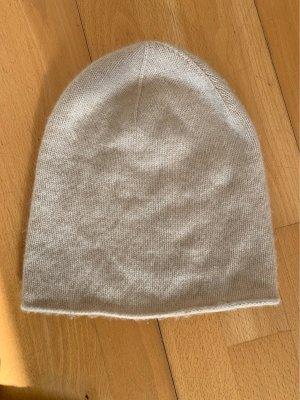 Zara Accesoires Chapeau en tricot blanc cassé-crème