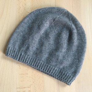 C&A Chapeau en tricot gris cachemire