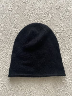 COS Sombrero de punto negro