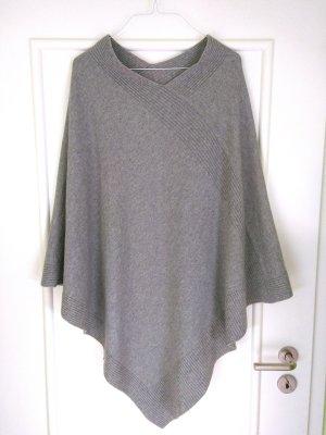 Love Poncho en tricot gris clair cachemire