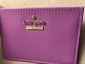 Kate Spade Kaartetui zilver-lila