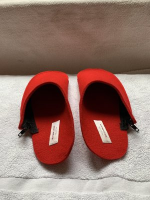 Katrin Leuze Collection Travel Slippers