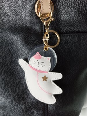 Key Chain white-neon pink leather