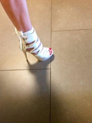 Kaviar Gauche High Heel