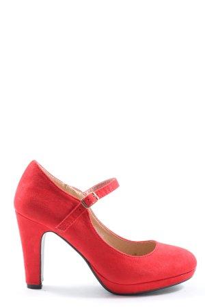Kayla Tacones Mary Jane rojo look casual