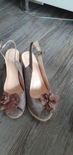 Keil-Sandalen