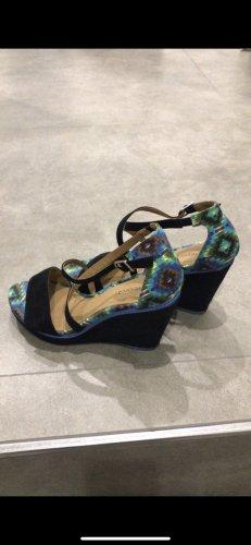 C&A Sandalo alto con plateau multicolore