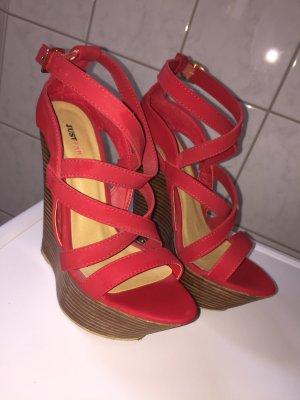 Keilabsatz high heels