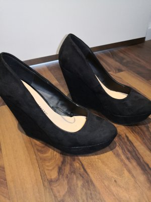 Athmosphere Wedge Pumps black