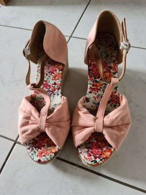 Sandalias tipo cuña rosa claro