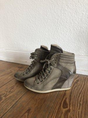 Laura Chelsea laarzen lichtgrijs-grijs