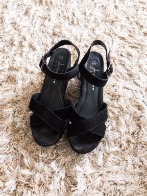 Keilabsatz Schuhe / hohe Schihe/ Sandalen