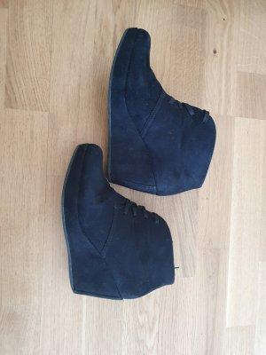 Keilabsatz Schuhe mit Schnürung