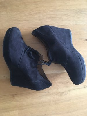 Keilabsatz Schuhe schwarz